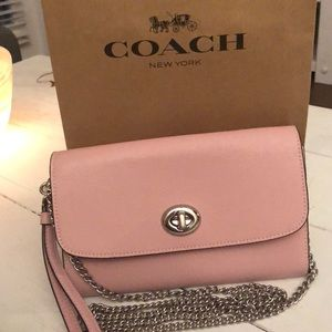 COACH ❤️ Pink Chain Crossbody! Brand New!